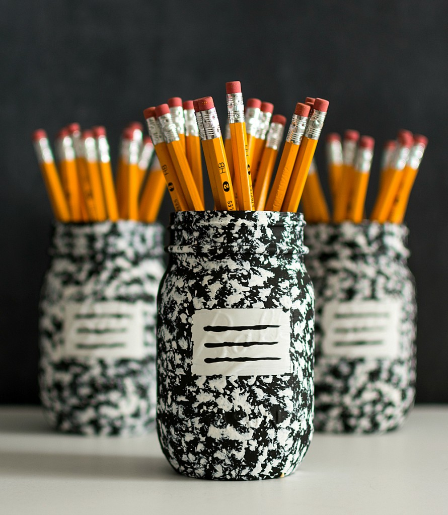 Pencil-Holder-Mason-Jar-Craft-Composition-Book