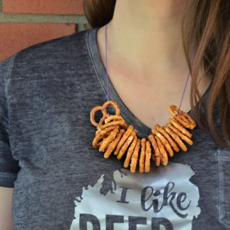PRETZEL NECKLACES – TWO WAYS