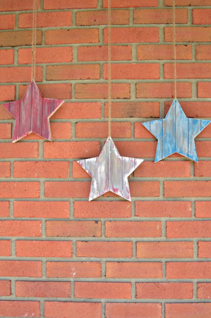 Distressed Wood Stars