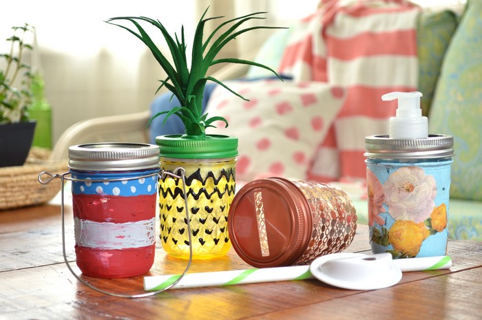 MIXING AND MATCHING MASON JAR ACCESSORIES