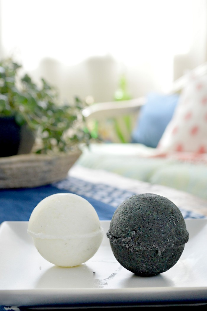 Black and White Bath Bombs