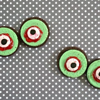 CRAZY EASY MONSTER EYE COOKIES