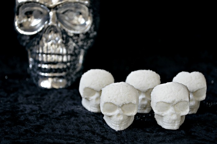 HALLOWEEN SKULL BATH MELTS