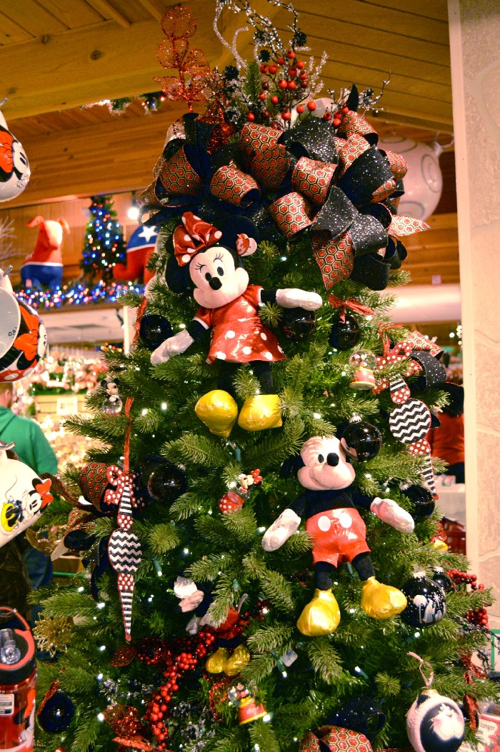 mickey-and-minnie-tree
