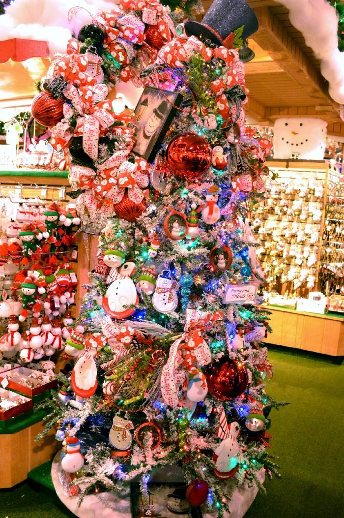 Bronners Christmas.Christmas Tree Inspiration From Bronner S Christmas