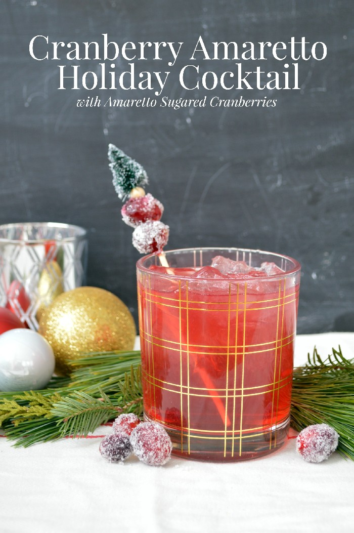 cranberry-amaretto-holiday-cocktail-with-amaretto-sugared-cranberries