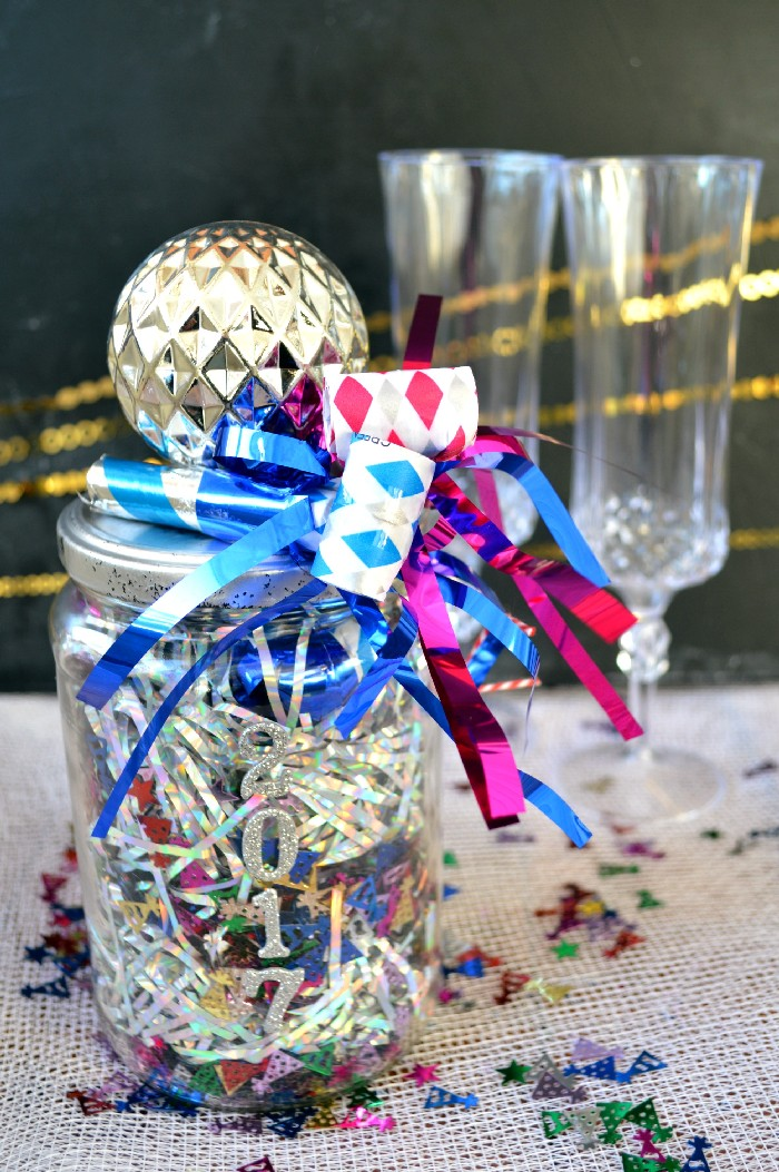 new-year-eve-in-jar