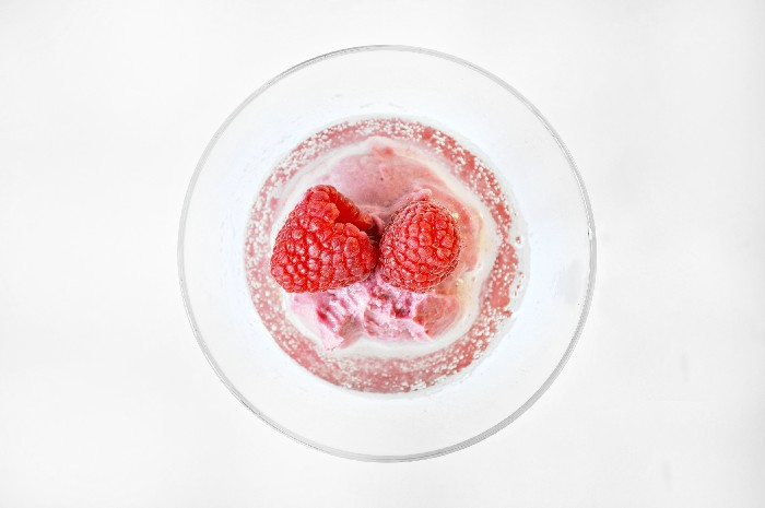 EASY PROSECCO RASPBERRY SORBET DESSERT RECIPE