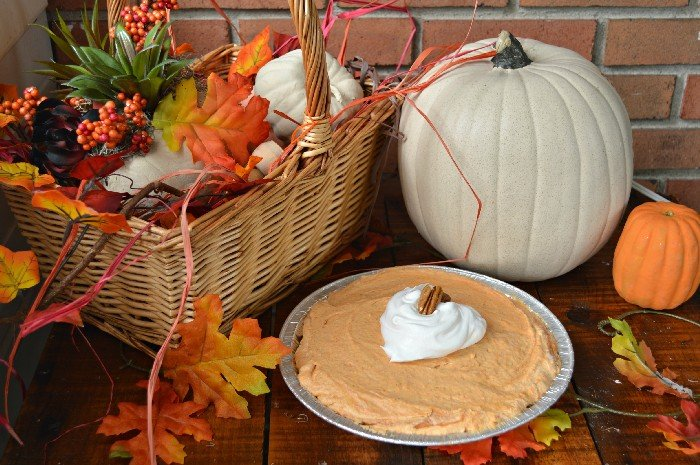 SIMPLE PUMPKIN SPICE CREAM PIE RECIPE