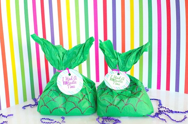 DIY PARTY FAVOR BOXES