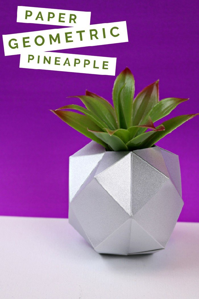 GEOMETRIC PAPER PINEAPPLES WITH THE CRICUT SCORING WHEEL
