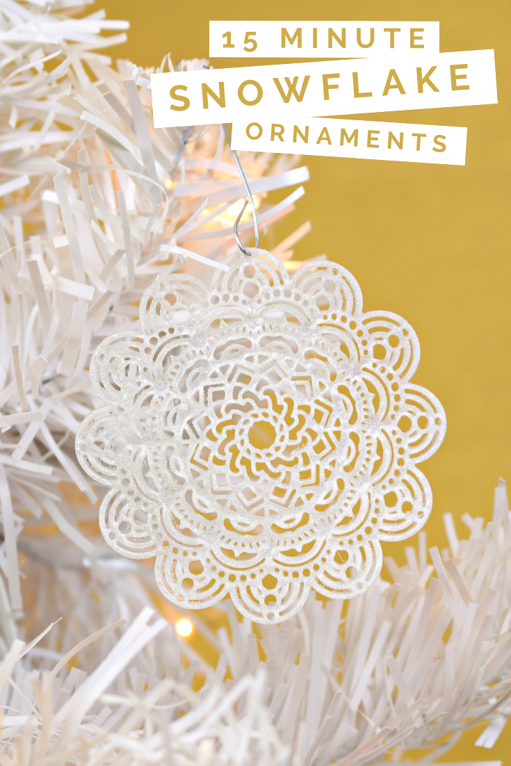 15 MINUTE SNOWFLAKE ORNAMENTS WITH LIQUID SCULPEY