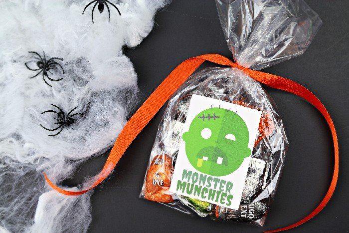 HALLOWEEN TREAT BAG STICKERS