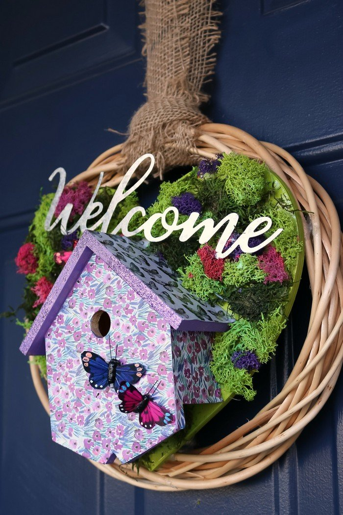 SPRING BIRDHOUSE WREATH WITH MOD PODGE ULTRA